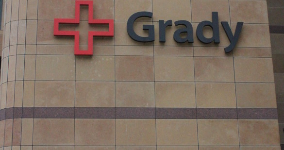 Grady Memorial Hospital bridges the gap between college students and medical professionals by providing specialized EMT classes for students.   Photo by Jade Johnson     The Signa