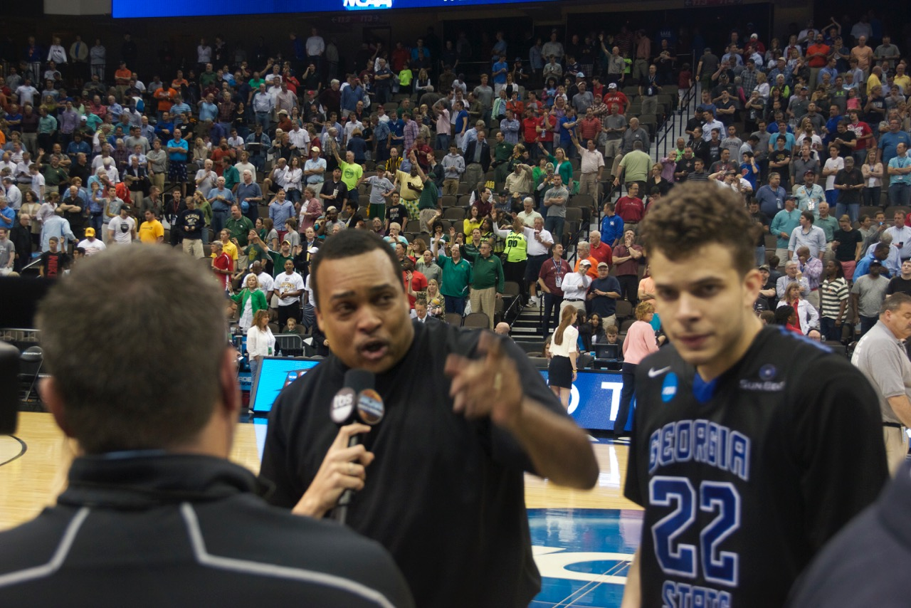 Coach Ron Hunter (left) and R.J. Hunter (right)